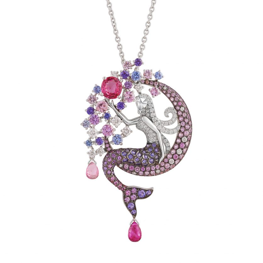 The Swinging Mermaid Pendant Necklace