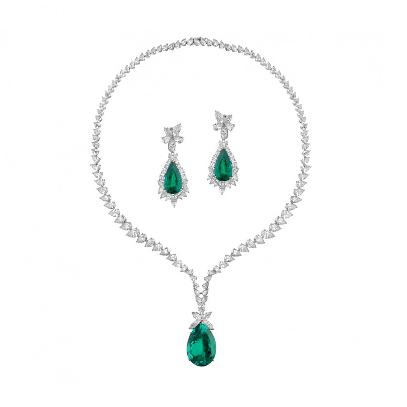 Emerald Necklace & Earrings Set