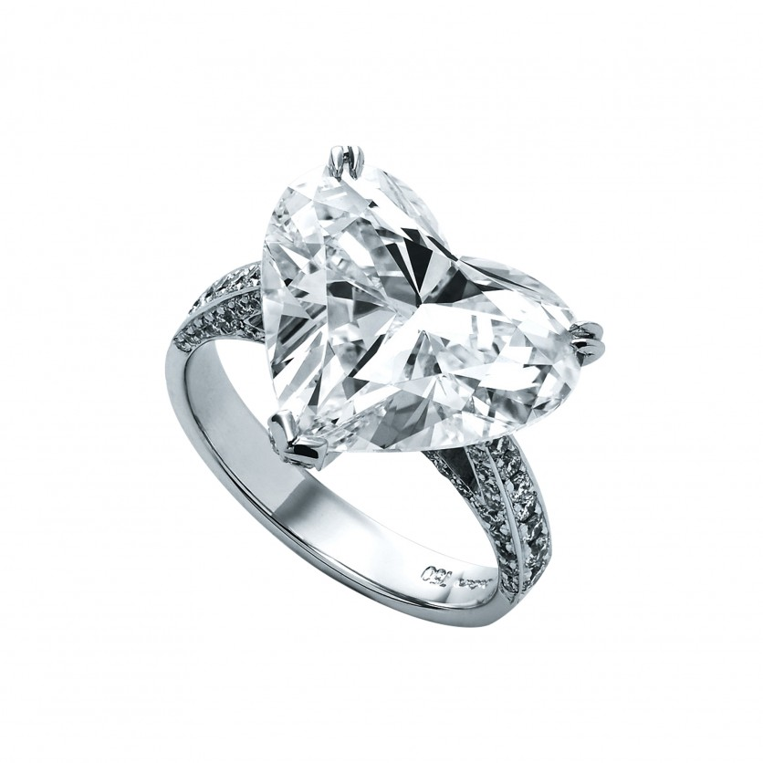 Fancy Heart Shape Diamond Ring