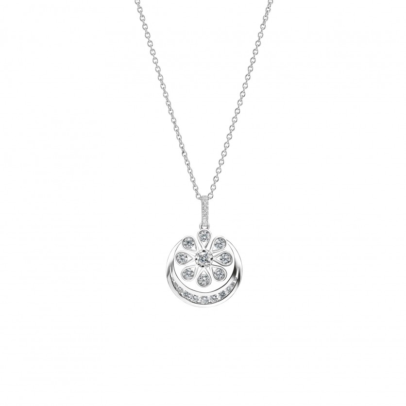 Nur Diamond Necklace