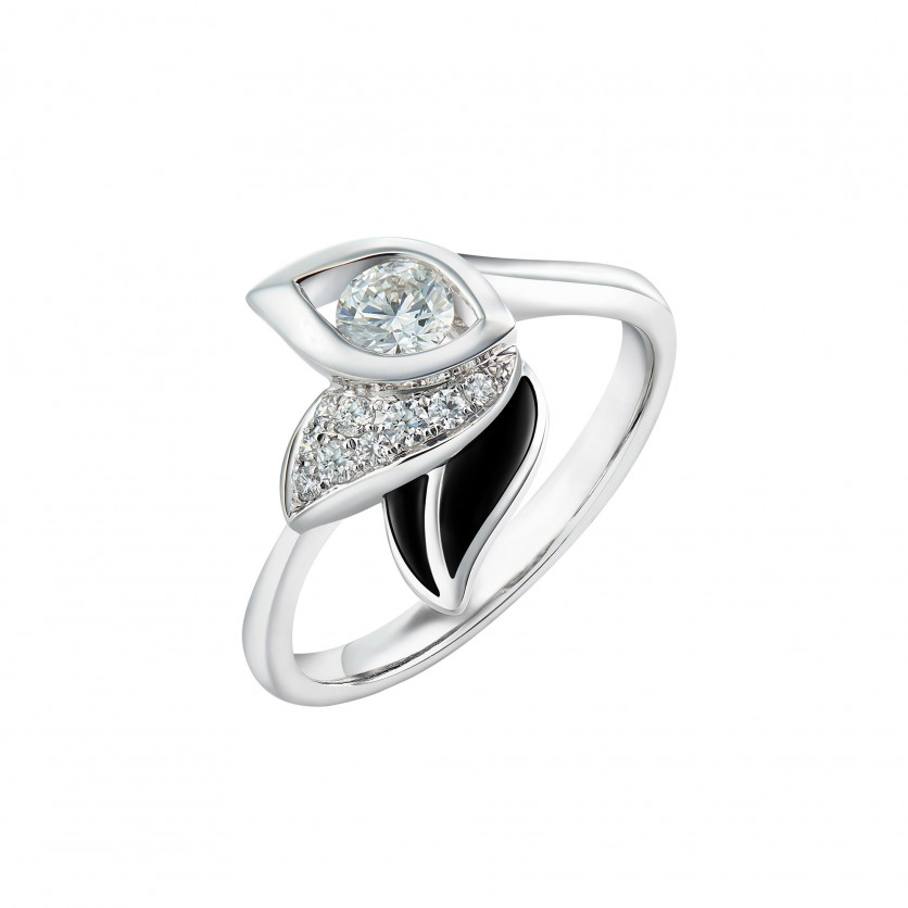 Lazare Iris Diamond Ring