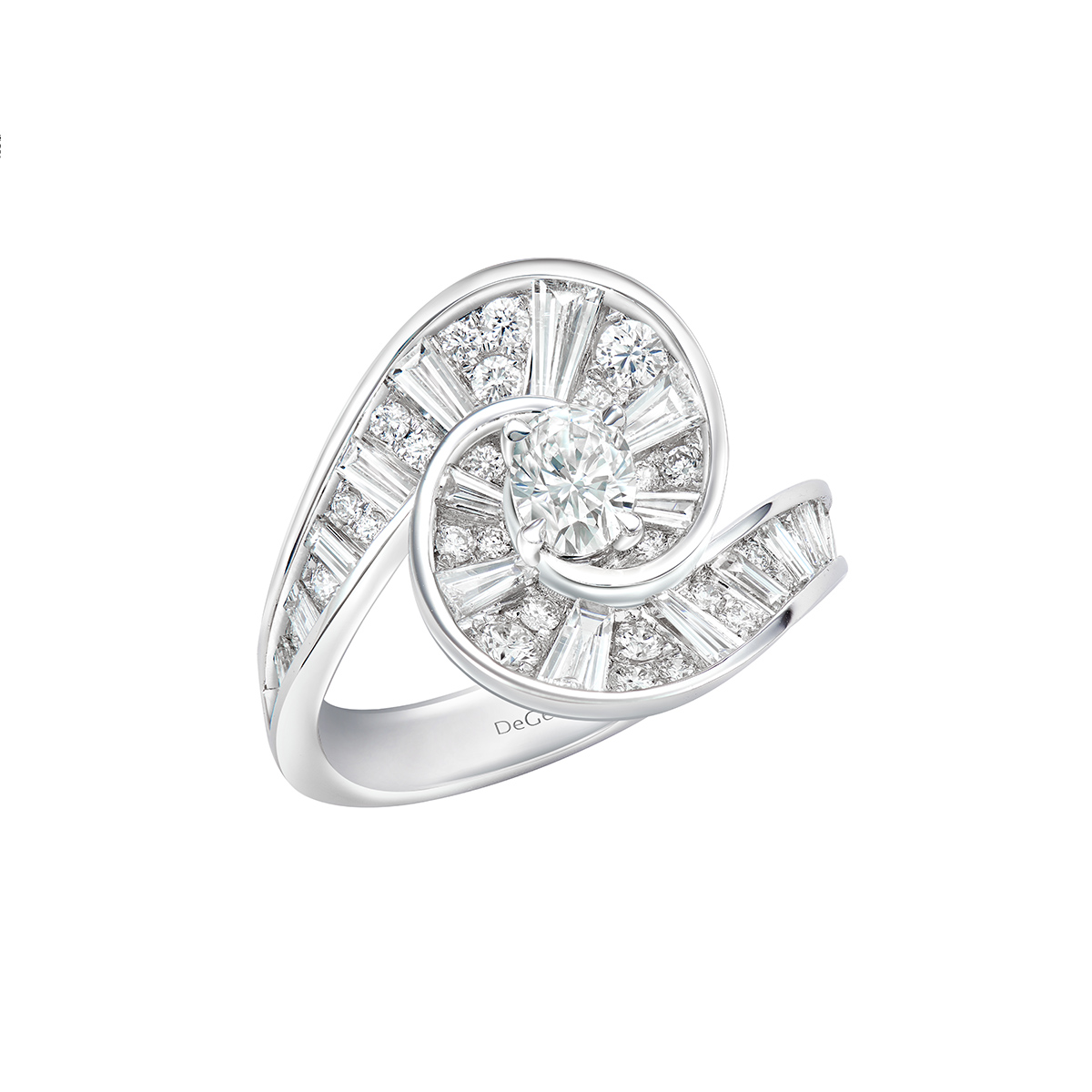 DeGem Rail Diamond Ring